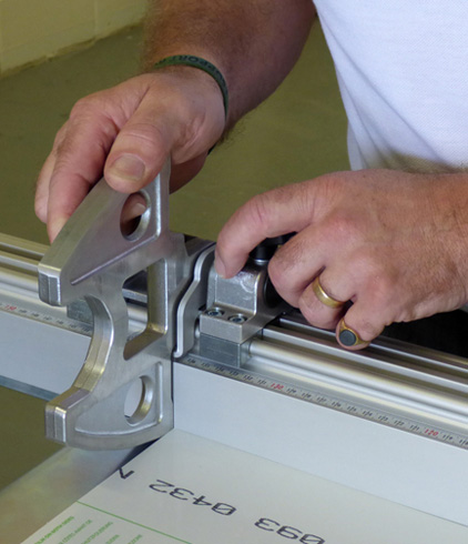 polycarbonate sheet accurately cut